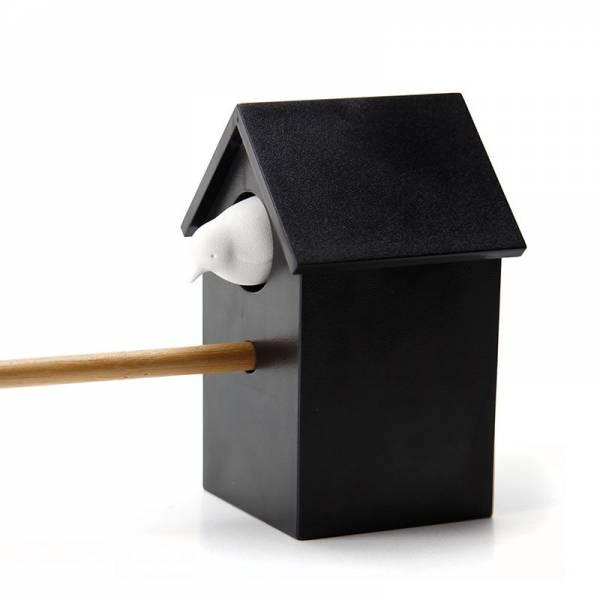 Spitzer CUCKOO weiss mit schwarzem Häuschen